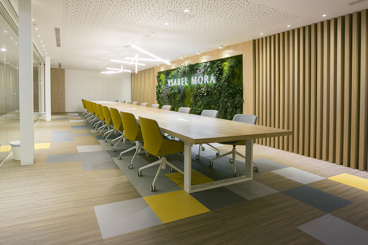 biophilic offices with corporate vertical gardens