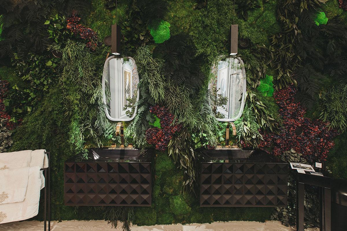 jardines verticales exclusivos en baños de lujo