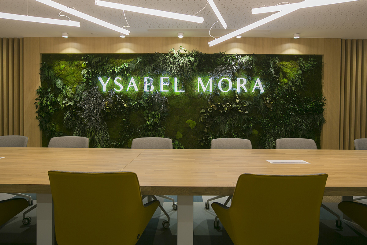 jardín corporativo en oficinas biofílicas