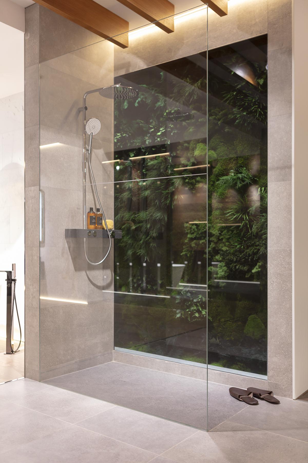 jardin-vertical-dentro-bañera