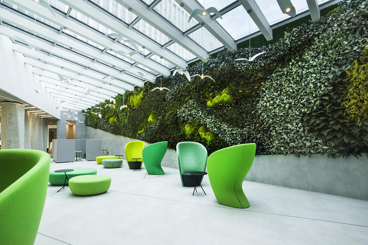 jardín-vertical-gigante- oficinas