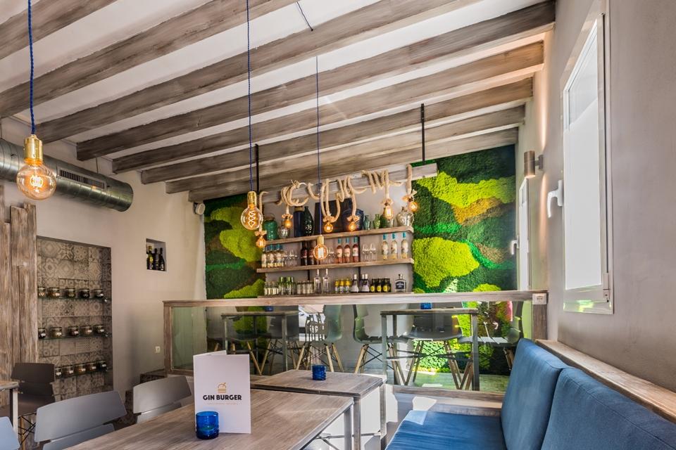 Jardines verticales en restaurantes creados por Greenarea