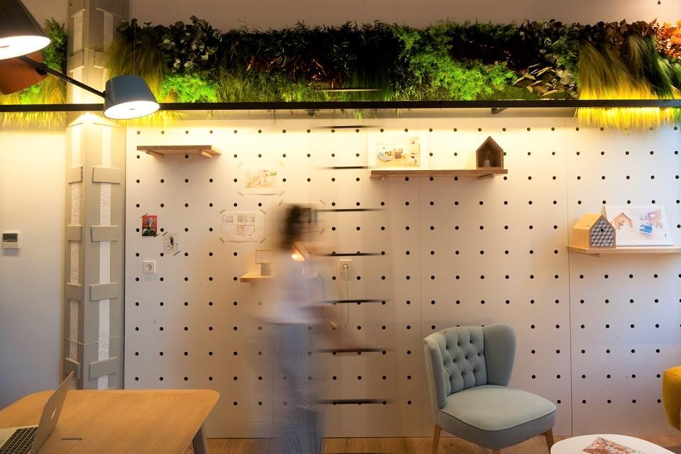 jardín-vertical-interior-sin riego-para-oficina