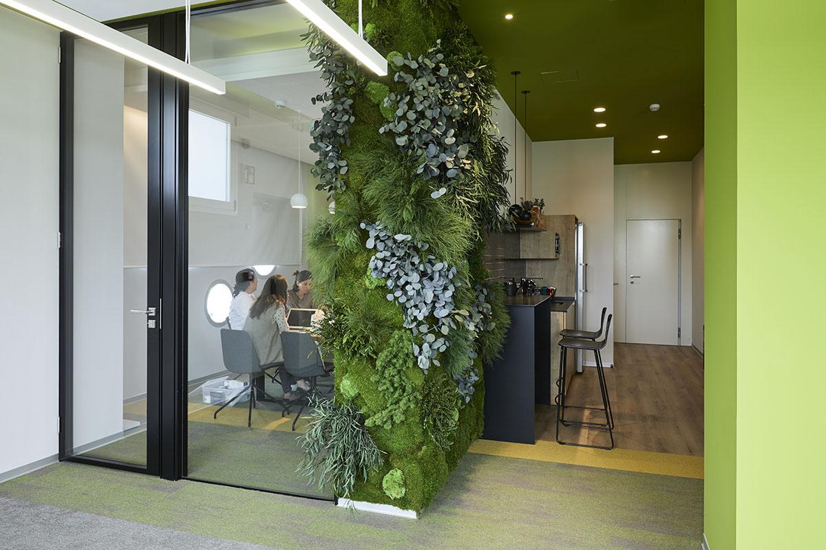 jardín-vertical-interior-oficinas-greenarea