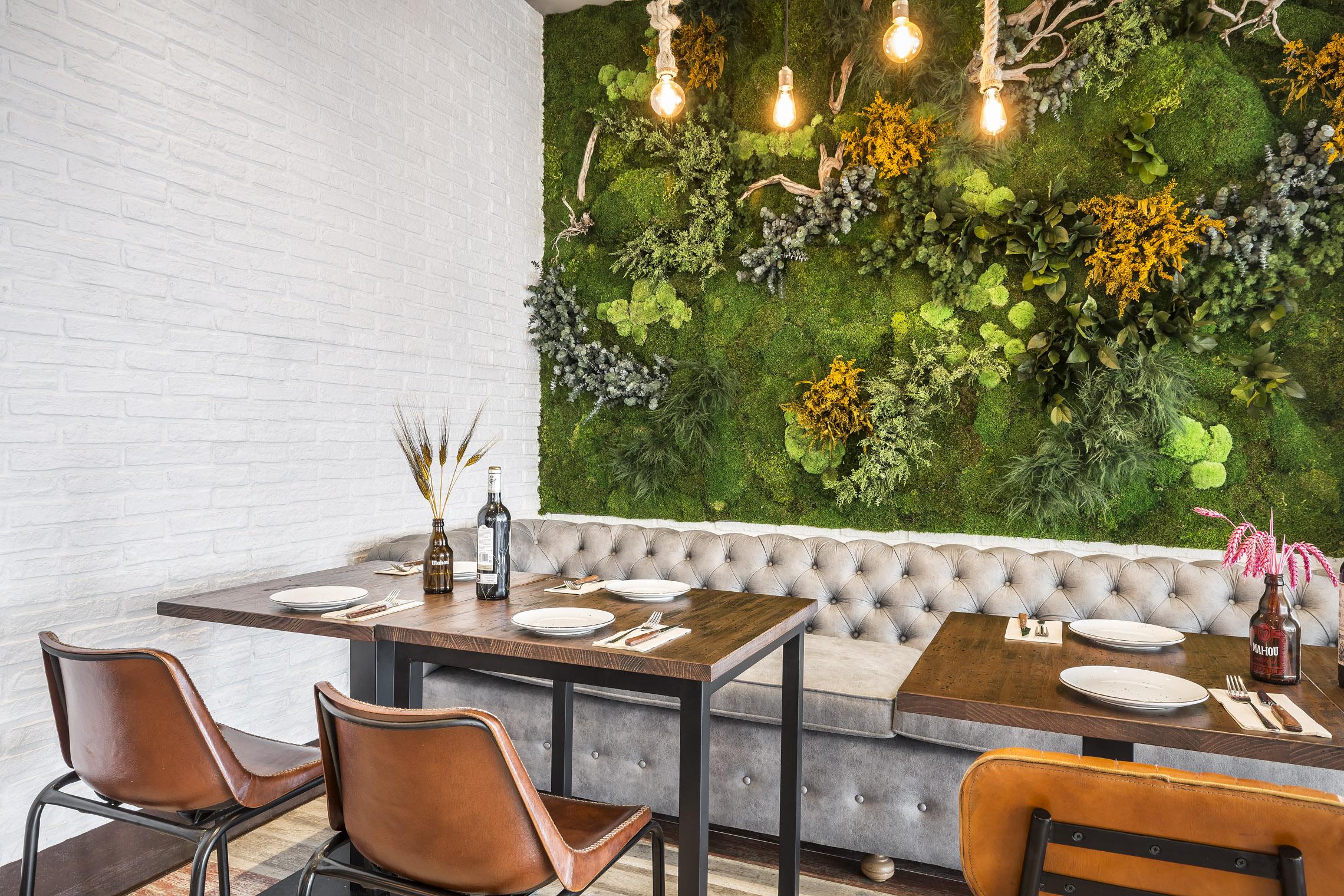Jardín vertical para interior diseño restaurante